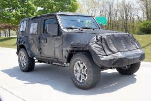 Jeep Wrangler 2018 2018 Jeep Wrangler Jl Spied Shows New Hardware