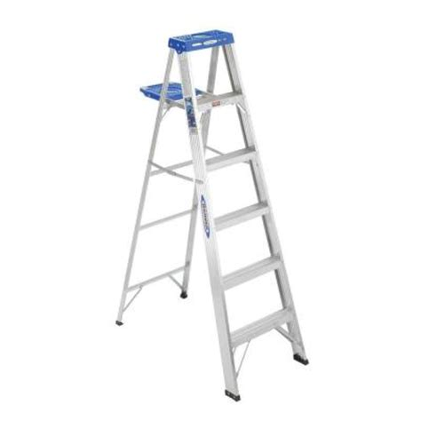 6 ft aluminum step ladder with 250 lb load capacity type