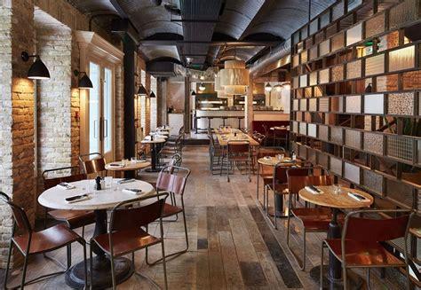 Kitchen Islands Lighting restaurant in industrial vintage style in paris