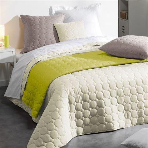 couvre lit uni couvre lit 220 x 240 cm naturel couvre lit