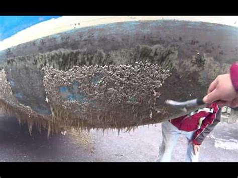 how to remove barnacles from fiberglass boat easiest way to remove barnacles from boat or out drive doovi