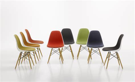 Schalenstuhl Holzbeine by Vitra Stuhl Eames Plastic Chair Gruppe Holzbeine