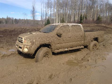 muddy truck 25 best ideas about muddy trucks on