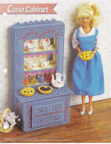 fashion dollhouse in plastic canvas curio cabinet annies attic fashion doll plastic canvas