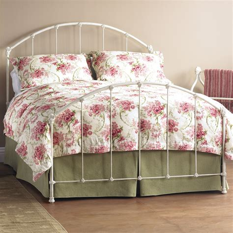 Vintage Style Metal Bed Frame Vintage White Metal Bed Frame Style Derektime Design And Dramatic Look White Metal