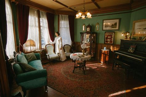 emily dickinson museum biography emily dickinson brought to life at west end mansion