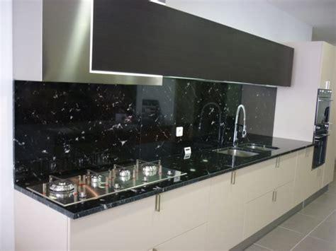 cuisine plan de travail granit noir plan de cuisine en granit noir via lact 233 a valgra sud