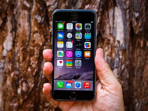 apple iphone 6 review cnet apple iphone 6 review iphone 6 sets the smartphone bar cnet