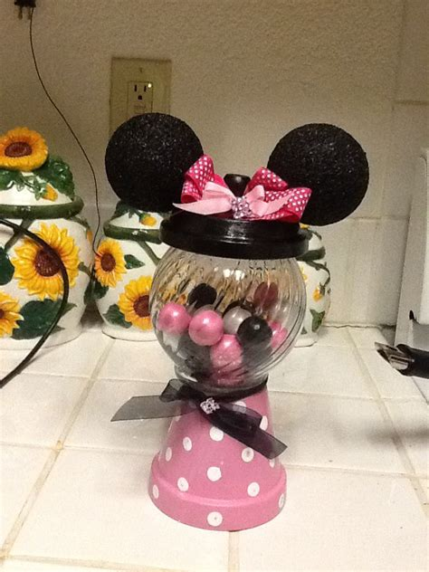 minnie mouse centerpieces minnie mouse centerpiece minnie favors buttons and centerpieces