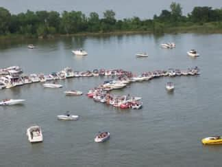lake travis drowning party boat male drowns in lewisville lake news starlocalmedia