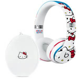Rare hello kitty beats by dr dre solo 2 special edition headphone