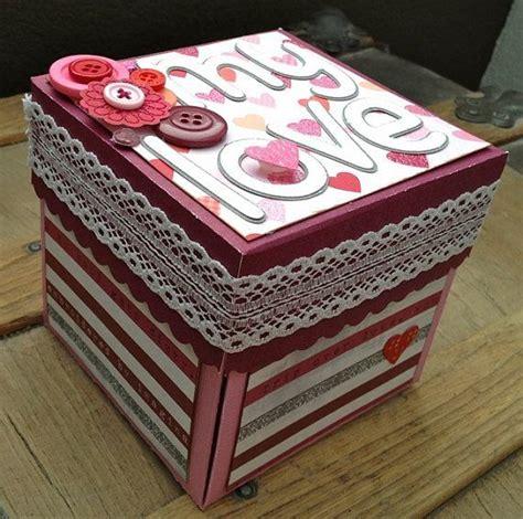 Coklat Asbak Cinta Tutup Pita nggak hanya bunga dan coklat exploding box ini bisa kamu