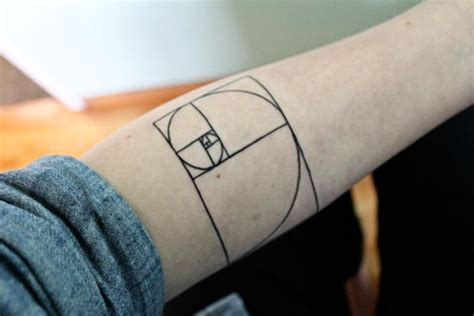 fibonacci spiral tattoo ink 5 science related awesome tattoos you might want