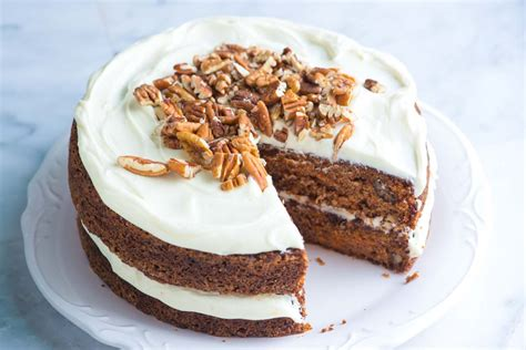 Cake Pics by Incredibly Moist And Easy Carrot Cake Recipe