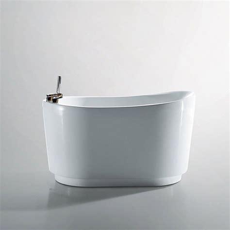 mini baignoire baignoire ilot sabot 130x80 cm dimension