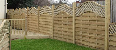 benefits of having a boundary fence gardening