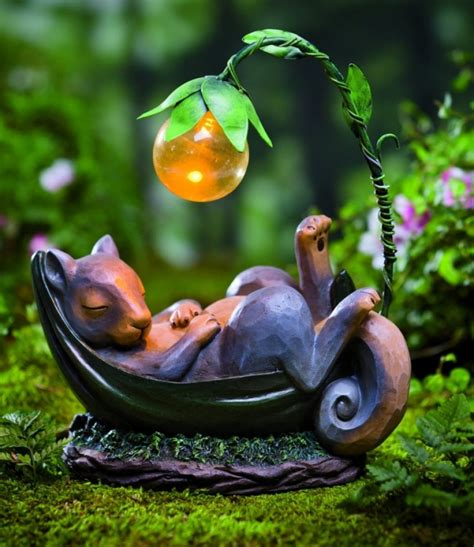 Solar Powered Garden Decor Solar Lighted Daydreaming Animal Sculpture Fresh Garden Decor
