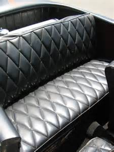 rear seat also in tuck and roll pattern design