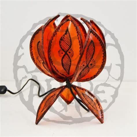 acquista lampada da tavolo  forma  fiore  loto