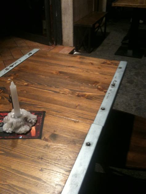 tavoli legno e acciaio tavoli legno e acciaio rustico o moderno la casa rubata