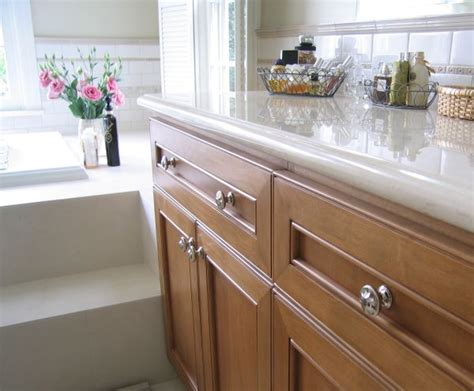 things to consider when selecting a kitchen cabinet company things to consider while choosing kitchen cabinet knobs
