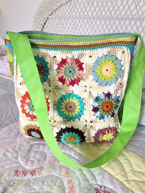 use this envelope purse free crochet pattern to create a 1000 images about crochet granny bag inspiration on