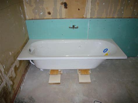Comment Installer Une Baignoire Sans Pied by Mon Projet De Salle De Bain Complet 305 Messages Page 3