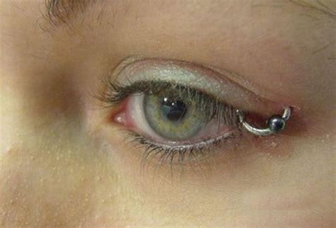eyeball tattoo safe creepy eyeball tattoos 28 pics picture 21 izismile com