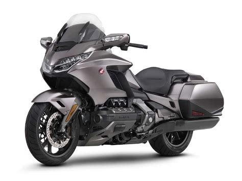 Honda Motorrad Goldwing by 2018 Honda Gold Wing Review Totalmotorcycle