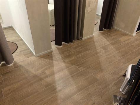 pavimento in piastrelle pavimenti in piastrelle di ceramica e gres a vicenza e
