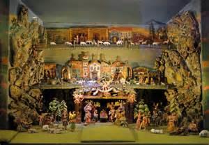 file nativity scene tiroler volkskunstmuseum dsc01582 jpg wikimedia commons