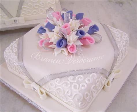decorar bolo quadrado bolo quadrado bolo casamento pinterest bolos