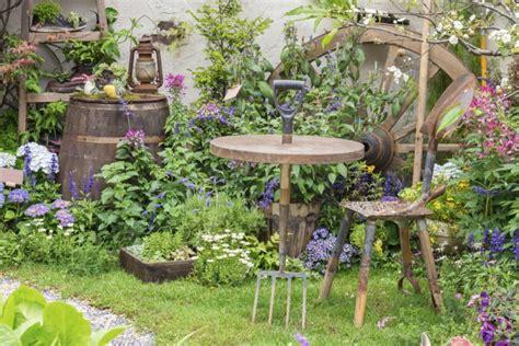 arredare il giardino come arredare il giardino con 7 idee da copiare donnad