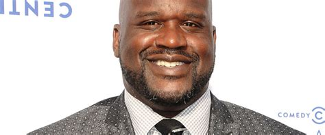 Shaq Meme - shaquille o neal wipes out and a meme is born abc news
