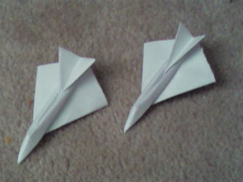 Origami Fighter Jet - origami fighter jets by excelsiorsf on deviantart