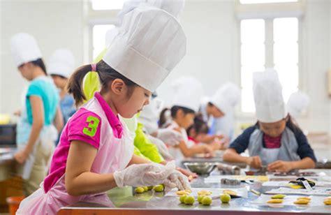 les enfants en cuisine les colonies de vacances de cuisine le fourniresto com