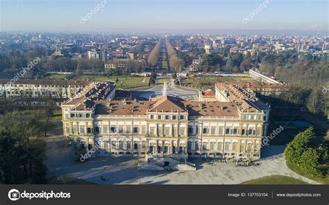giardini villa reale monza villa reale monza italia foto editoriale stock