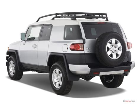 old car manuals online 2007 toyota fj cruiser user handbook image 2007 toyota fj cruiser 4wd 4 door manual natl angular rear exterior view size 640 x