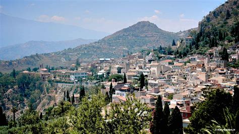 pictures of taormina photo gallery and movies of taormina