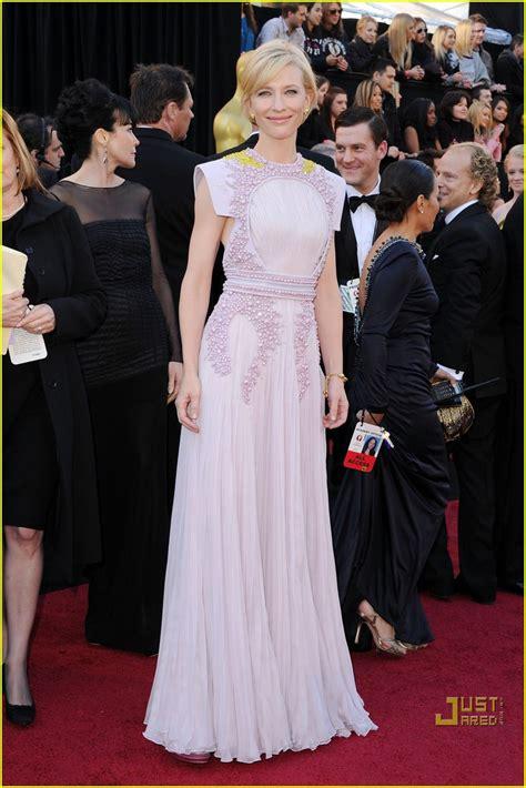 Oscars Carpet Cate Blanchett by Cate Blanchett Oscars 2011 Carpet Photo 2523659