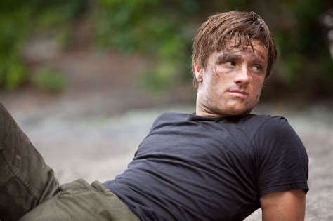 peeta peeta mellark photo 32305033 fanpop