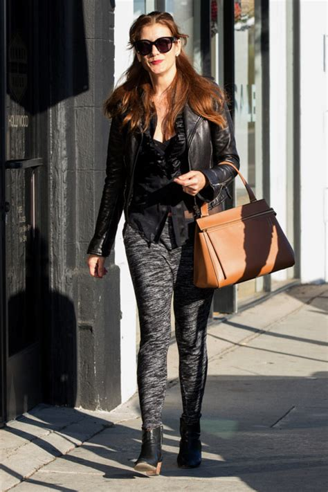 Name That Purse Kate Walsh kate walsh shops with on arm purseblog
