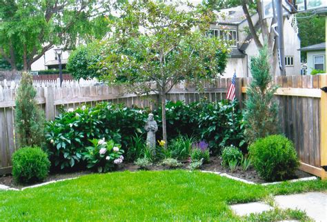landscaped small gardens reliscocom plus garden landscape trends margies book home design