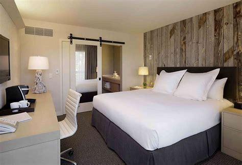 quartos decorados apartamentos pequenos decora 231 227 o do quarto de casal em apartamento pequeno