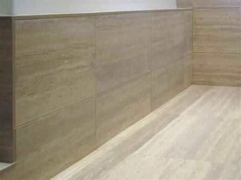 pavimenti in travertino pavimento in travertino affordable travertino pavimento