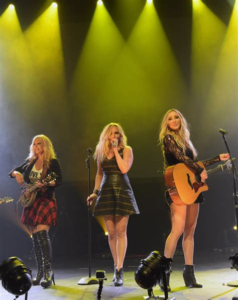 country music trios lindsay anderton in country music trio lucy angel showcase