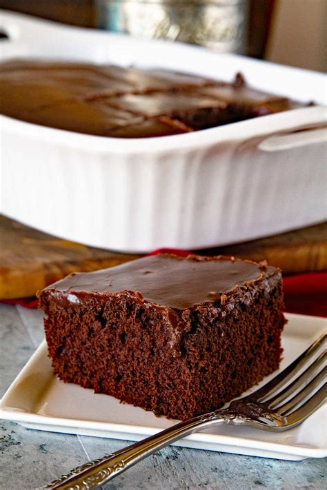 Handmade Chocolate Recipes - chocolate frosting
