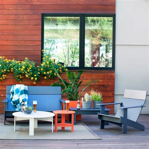 loll creates lollygagger outdoor furniture from recycled
