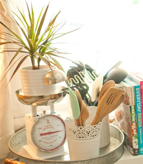 how we decorate our home how to decorate with houseplants best houseplant decor