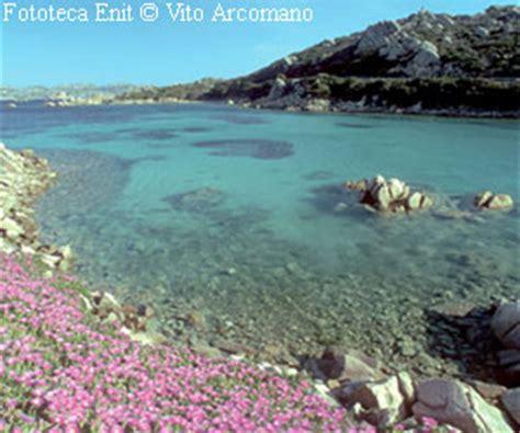 la maddalena archipel sardinien italien www.italien